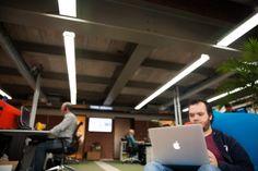 Ergonomisch werken? Vooral niet de hele dag op je bureau stoel blijven hangen.