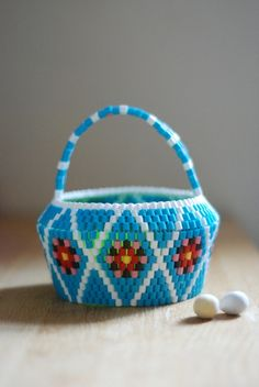 Easter Candy basket in turquoise. HEJSAN GOODS.