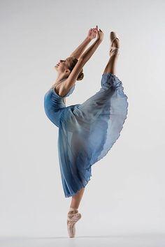 <<Jessica Kinnaman (Akhmedova Ballet Academy) # Photo © Jeri Tidwell Photography>>