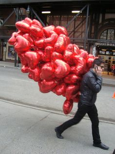 This would be my perfect Valentines Day surprise - I love balloons!