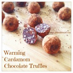 How's Your Truffle Knowledge? Raw Vegan Desserts, Raw Vegan Recipes, Vegan Snacks, Sweet Desserts, Dessert Recipes, Vegan Treats, Green Juice Recipes, Healthy Sweets, Healthy Food