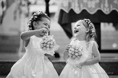 buque de guloseima + vestido lindo + delicinha de sorriso = uma das fotos mais lindas qu ja vi!