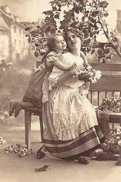 Magic Moonlight Free Images: My Mom, My Friend!