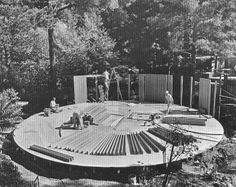 Meyer round house under construction, Oakland, CA. 1970 Sister to my house. House Under Construction, Unusual Buildings, Dome House, Round House, Prefab Homes, Building Design, California, Earth, Houses