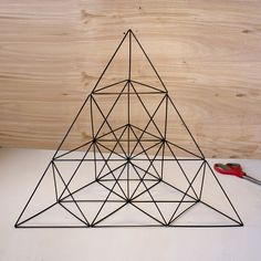 Giant Straw Tetrahedron Cluster (with Pictures) - Instructables