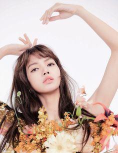 "iconic on Twitter: ""lisa for elle korea… "" Kim Jennie, Pretty Gif, Hip Hop, Kim Jisoo, Swag Style, Blackpink Lisa, Korean Girl Groups, Lily, Photoshoot"