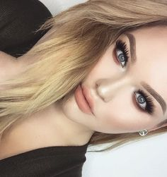 See this Instagram photo by @nikkietutorials • 106k likes