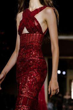 haute couture dress couture couture dresses couture kleider couture rose couture rules Zuhair Murad Fall Winter Haute Couture Fashion Show Look Fashion, Runway Fashion, High Fashion, Fashion Show, Fashion Design, Fall Fashion, 80s Fashion, Korean Fashion, Haute Couture Gowns