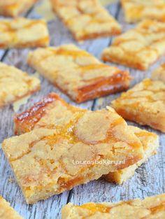 Sticky abrikozen koekrepen – Laura's Bakery Bakery Recipes, Cookie Recipes, Dessert Recipes, Sweet Cookies, Biscuit Cookies, Beignets, Cooking Cookies, Sweet Bakery, Cookie Crumbs