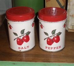 """I have a lot of the Decoware """"apple"""" pattern items, including these salt & pepper shakers - they made an amazing array of items! Red And White Kitchen, Red Kitchen, Kitchen Stuff, Salt Pepper Shakers, Salt And Pepper, Vintage Tools, Retro Vintage, Pie Carrier, Apple Kitchen Decor"""