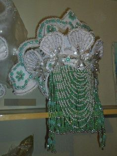Yoruba, Hair Jewelry, Headdress, Burlap Wreath, Christmas Wreaths, Culture, Crown, Traditional, Beads