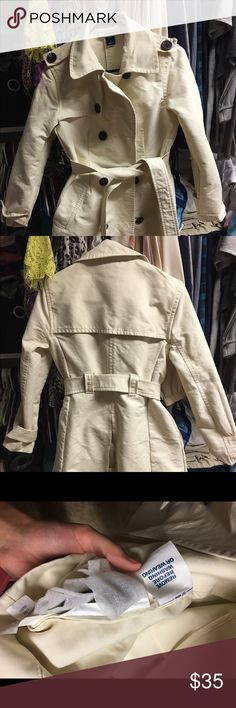 Gap Trench Coat Gap Trenchcoat (Size Small): Beige Women's Jackets & Outerwear - New without tags! 100% Cotton GAP Jackets & Coats Trench Coats
