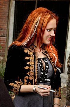 Alissa White-Gluz / The Agonist The Agonist, Alissa White, Arch Enemy, Metal Bands, Hard Rock, Redheads, Punk, Singer, Female