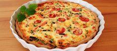 Lohipiirakka resepti Salmon Recipes, Starters, Quiche, Feta, Food And Drink, Baking, Breakfast, Foods, Drinks