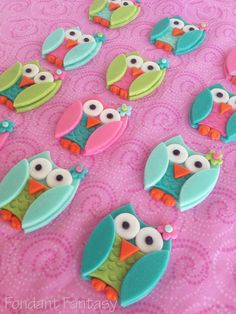 Fondant Owl Cupcake Toppers.
