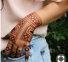 Simple Backhand Henna Tattoos That You Must Love - Henna Designs 2020 (Latest Backhand Arabic Mehndi Designs Images Collection Finger Henna Designs, Mehndi Designs Book, Indian Mehndi Designs, Mehndi Designs 2018, Stylish Mehndi Designs, Mehndi Designs For Beginners, Mehndi Design Pictures, Mehndi Designs For Girls, Bridal Henna Designs