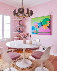 The Pink Dining Room Erik Designed BEFORE He Found His Apartment - Emily Henderson #pink #diningroom #homedesign #interiors Pink Dining Rooms, Dining Room Paint Colors, Dining Room Art, Dining Room Table Centerpieces, Decorating Small Spaces, Home Decor Inspiration, Decor Ideas, Apartment Design, Design Trends