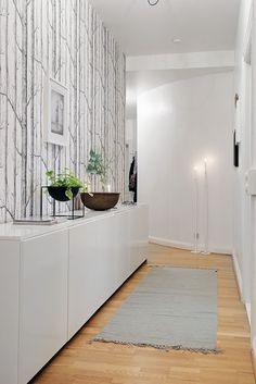 Do You Need Inspiration for Modern DIY In Your Home? Home Interior, Interior Design Living Room, Interior Architecture, Living Room Designs, Interior Decorating, Decoration Hall, Cole And Son Wallpaper, House Entrance, Deco Design