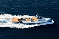Shadow yacht was built in 2017 by Damen. Measuring with a volume of 496 GT, she cruises at kn and sleeps up to 6 guests. Expedition Yachts, Yacht Builders, Deck Boat, Below Deck, Yacht For Sale, Yacht Boat, Speed Boats, Luxury Yachts, Wooden Boats
