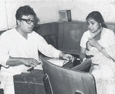 R.D. Burman teaches Asha Bhonle during a rehearsal session