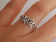 Sterling silver Celtic Heart ring Size: US or 8 You will receive one sterling silver Celtic heart ring. It's sterling silver. Please contact me if you need a different size or quantity. Sterling Silver Jewelry, Silver Earrings, 925 Silver, Jewelry Tumblr, Celtic Wedding Rings, Celtic Engagement Rings, Celtic Knot Ring, Celtic Heart, Layered Necklaces Silver