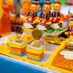 Festa Mundo Bita: 50 ideais criativas para adicionar à decoração Alice Biscuit, Birthday Parties, Party, Desserts, Lucca, Bernardo, Gabriel, Circus Birthday Cakes, Farm Birthday Cakes