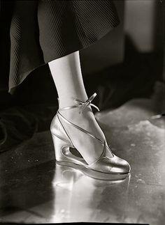 historicalfashion: Perugia shoe, c. 1935