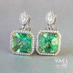 """@yaeldesigns.   """"Emeralds typically contain inclusions that are visible to the unaided eye. Because of this, trade members and some consumers understand and accept the presence of inclusions in emeralds... Emerald inclusions are often described as looking mossy or garden-like. They're sometimes called """"jardin,"""" which is French for garden."""" - (GIA) @giagrams #yaeldesigns #emeraldearrings #customdesigned #emeralds"""