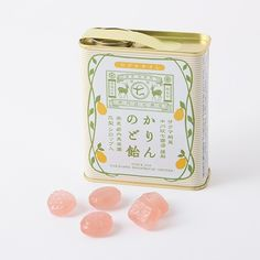 Lozenges with quince juice from Nara, famous for free range deer. Candy Packaging, Tea Packaging, Vintage Packaging, Vintage Labels, Asian Design, Japanese Graphic Design, Typography Design, Branding Design, Typography Poster