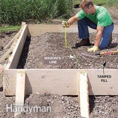 Pouring a concrete slab yourself can be a big money-saver or big mistake. We show you the best techniques for concrete forms. Pouring Concrete Slab, Concrete Pad, Concrete Forms, Concrete Projects, Outdoor Projects, Concrete Shed Base, Concrete Blocks, Solid Sheds, Concrete Slab Foundation