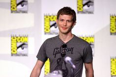 Vampire Diaries' Joseph Morgan at Comic-Con 2011 Joseph Morgan, Bonnie Bennett, The Vampire Diaries Characters, Beautiful Men, Beautiful People, Pretty People, Beautiful Pictures, Movies And Series, Hottest Male Celebrities