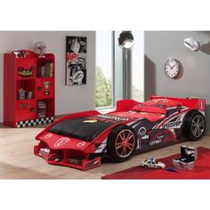 Geef je kind het gevoel een echte Formule 1 racepiloot te zijn met dit flitsende autobed! Exclusief bij Emob. #Kinderkamer #Racewagen #Bed