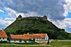 A Balaton környékének legszebb várai és közeli fürdőik Hungary, Mountains, Nature, Travel, Naturaleza, Viajes, Destinations, Traveling, Trips