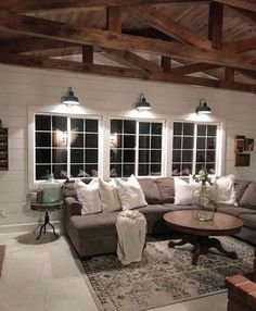 37 Stunning Farmhouse Living Room Lamps Design Ideas And Decor #livingroomdecor #farmhouselivingroom #livingroomlamps u22c6 newport-international-group.com
