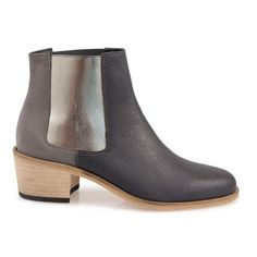 SHOP ONLINE: Jerry Ankle Boots - Textured Grey BEAU COOPS @beaucoops #ankleboots #greyboots #italianleathershoes #shoes #wardrobestaple #fashion #shoeenvy #beaucoops #leather #mirrormirrorboutiquehanmersprings