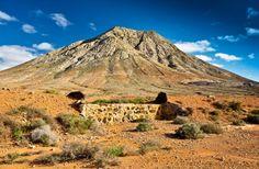 Fuerteventuras landschaftliche Highlights Mount Rainier, Strand, Countries, Cities, Highlights, Wanderlust, Nature, Travel, Strong