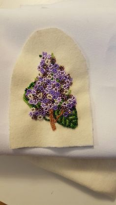 Gorgeous lilac vamp.#BEADING #VAMP #LILAC Bead Embroidery Patterns, Loom Patterns, Beaded Embroidery, Beading Patterns, Indian Beadwork, Beaded Moccasins, Beadwork Designs, Nativity Crafts, Beaded Crafts