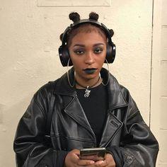 Alternative Makeup, Alternative Outfits, Alternative Fashion, Alternative Girls, Black Girl Aesthetic, Goth Aesthetic, Aesthetic Style, Black Girl Magic, Black Girls