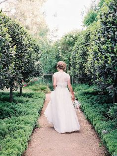 6.mariage-champetre-chic-mariee-de-dos