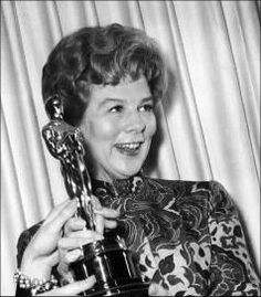 """2/06/2014 7:07pm The Academy Awards Ceremony 1959: Wendy Hiller Best Supporting Actress Oscar for """"Separate Tables"""" 1958."""