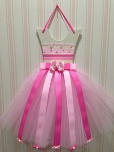 Tutu Bow Holder by Rozee Hair Bowtique. Indonesia Only. For order BB: 73FD1C18. ❤️