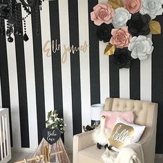Black, white and gold is pretty much never a bad idea. We needed a strong cup of coffee and a seriously beautiful nursery to help us survive this Monday morning. Design by: Pink Gold Nursery, Black White Nursery, Black And White Baby, Chic Nursery, Girl Nursery, Nursery Ideas, Nursery Inspiration, Nursery Decor, Girl Decor