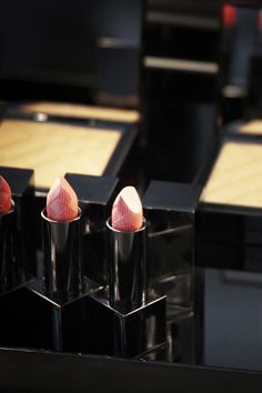 Behind the scenes of the Burberry Beauty Spring/Summer 2012 campaign