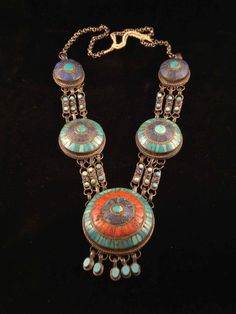 India | Vintage silver, turquoise, coral and lapis lazuli necklace from Ladakh
