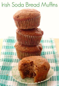 Irish Soda Bread Muffins Recipe - healthy whole wheat muffins loaded with juicy raisins. Perfect snack or breakfast for St Patrick's Day!   www.pinkrecipebox.com