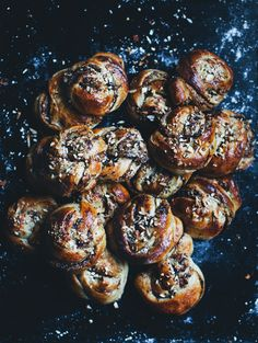 Hazelnut, apple and chocolate buns