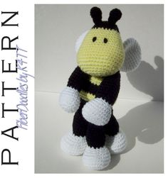 Crochet Pattern - KISS Series Bumble Bee  ~ Crocheted as directed with G hook, models which have been produced are approximately 12 inches tall. However, depending on your crochet style, this measurement may/will vary. ~