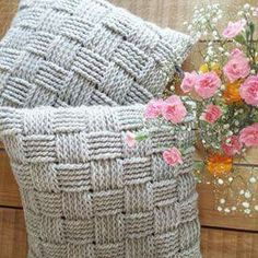 Gratis Haakpatroon Gehaakt Kussen In Reliefsteek Crochet Pillow