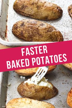 Did you know that slicing potatoes in half before baking cuts their cooking time in half? The potatoes end up crispy on the outside and fluffy on the inside. They're perfect for loading up with your favorite toppings (like vegetarian chili) for an easy weeknight dinner or simple side dish! Quick Baked Potato, Baked Potato Toppings, Making Baked Potatoes, Roasted Potatoes, Vegetarian Potato Recipes, Vegetarian Chili, Toaster Oven Recipes, Baking Set, Potato Skins
