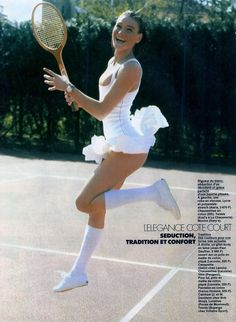 Timeless Fashion A Touch of Class, Carla Bruni by Pamela Hanson for Elle France, May 1988 Tennis Wear, Le Tennis, Carla Bruni, Sugar Baby, Sugar Pop, Rich Girls, Badminton, Pamela Hanson, Tennis Photography